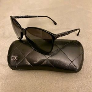 Chanel Sunglasses w/ Quilted Case *Authentic*